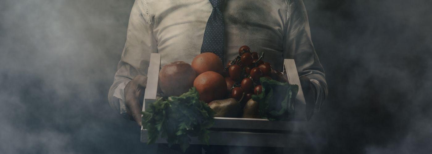 Riciclo Alimentare: immagine di cibo inquinato