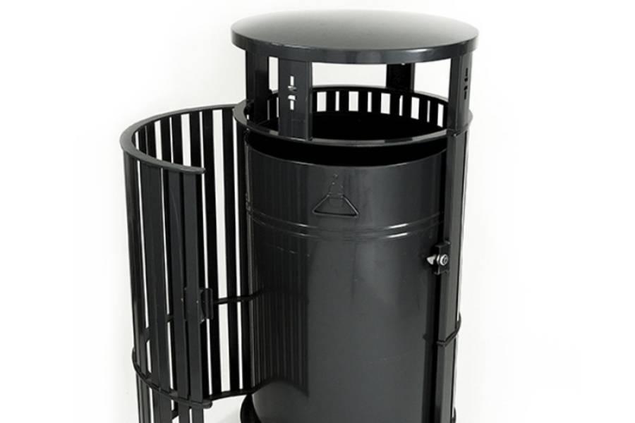 Cestino spazzatura per esterno con apertura laterale per evidenziare il contenitore interno